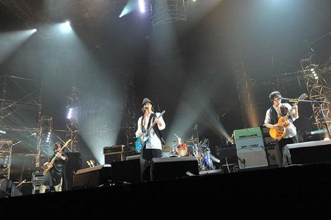 radwimps_live_20110430