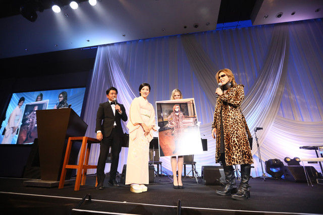 news_xlarge_yoshiki0902_dinnershow_3