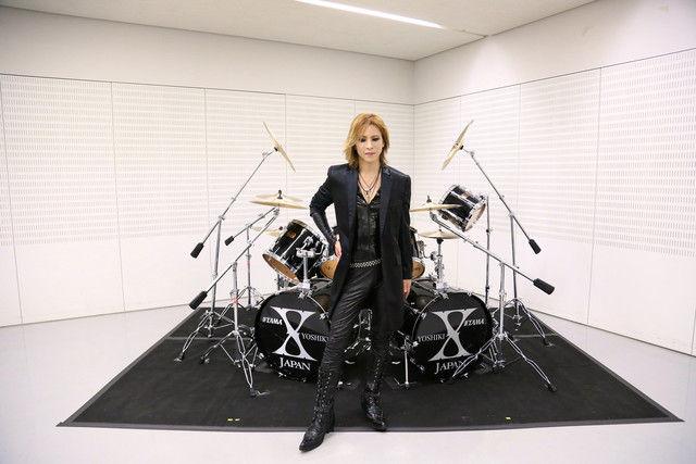 news_xlarge_yoshiki_drum1